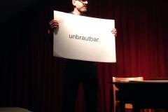 Gino Cultura. Kabarett. Comedy. Moderation. Wortaktrobatik.